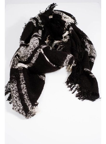 Scarf Black and white textured blanket scarf
