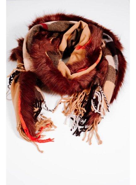 Scarf Plaid and fur trim scarf