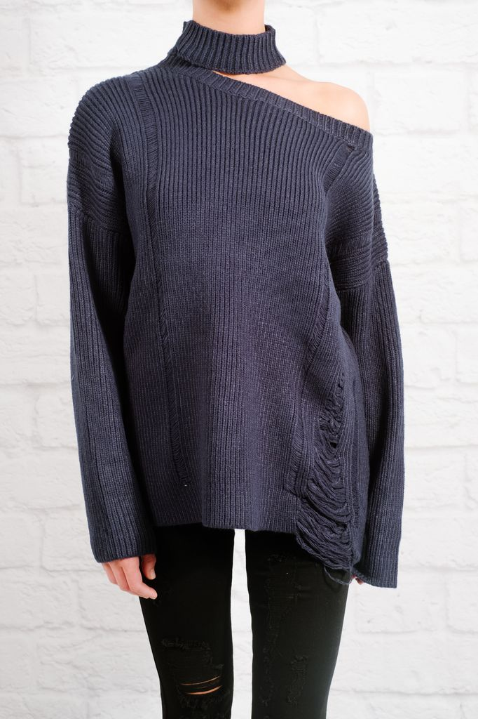 Sweater Single shoulder shredded knit