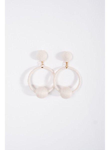 Trend Ivory swing ball earrings