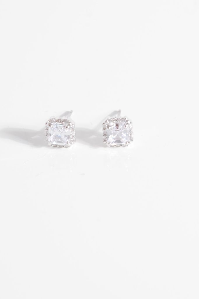 Sterling Classic sterling rhinestone stud