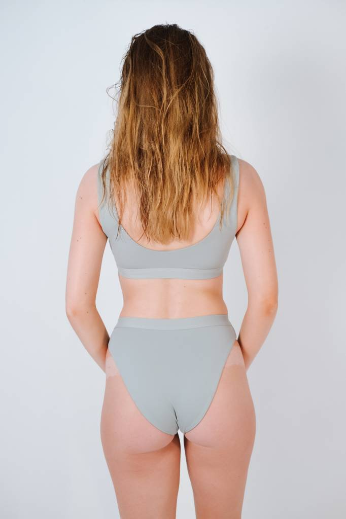 Bikini Light grey high cut banded bottom