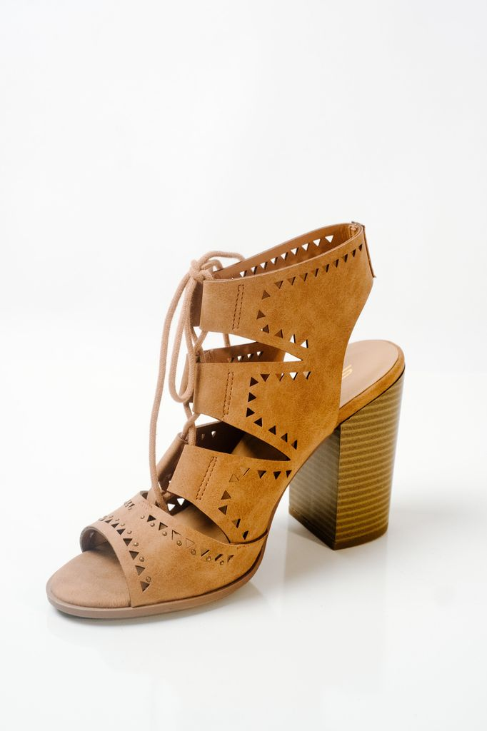 Wedge Camel laser cut laced wedge