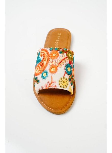 Sandal Embroidered classic slide