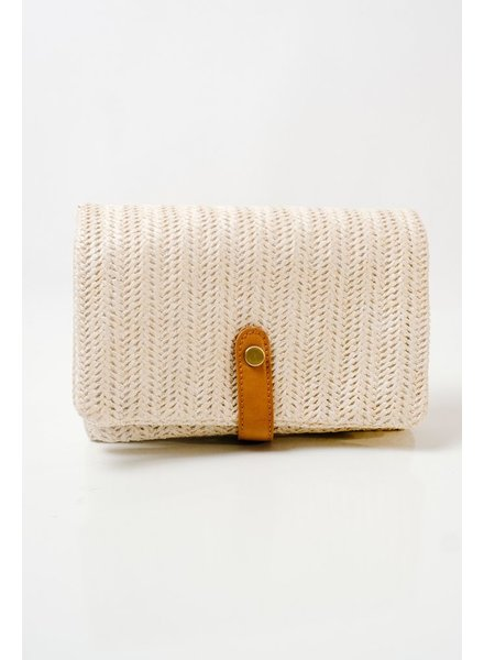 Neutral foldover clutch