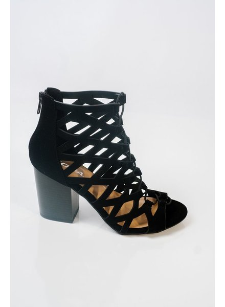 Pump Black caged and laced shoe