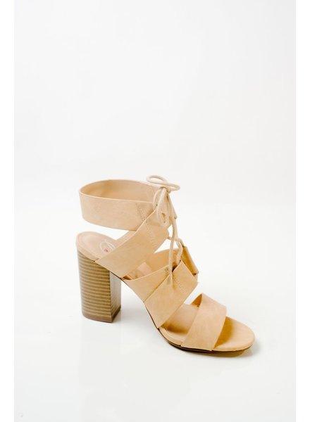 Pump Beige stacked heel sandal