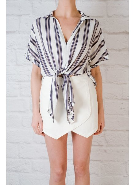 Blouse Striped knot front oxford