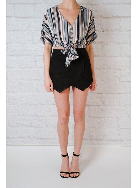 Blouse Vertical knot front blouse