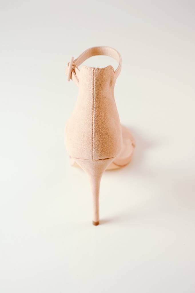 Pump Nude Suede Open Pump