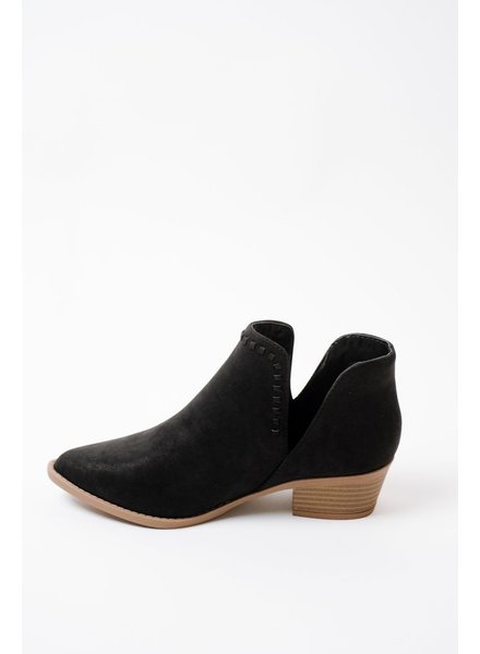 Bootie Side V Ankle Bootie