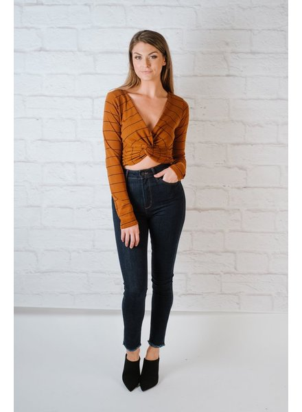 Casual Twisted Crop Top