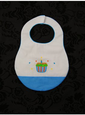 Rosalina Birthday Bib with Cupcakes by Rosalina