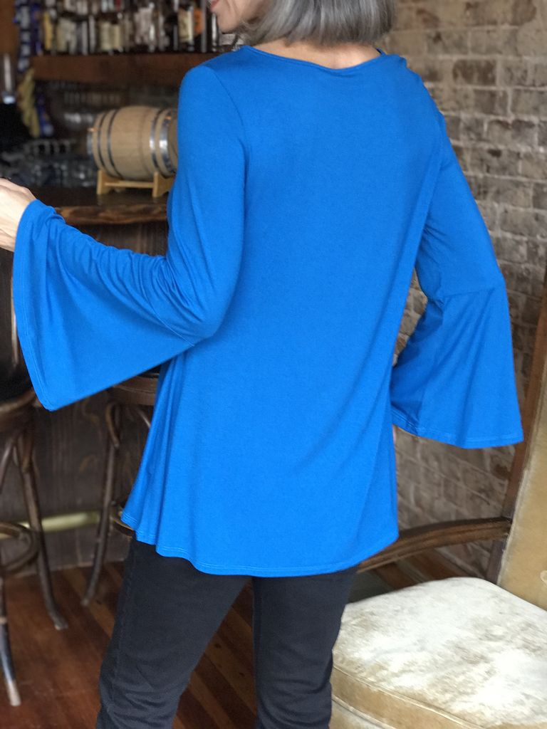 Mountain Mamas Bell Sleeved Tunic