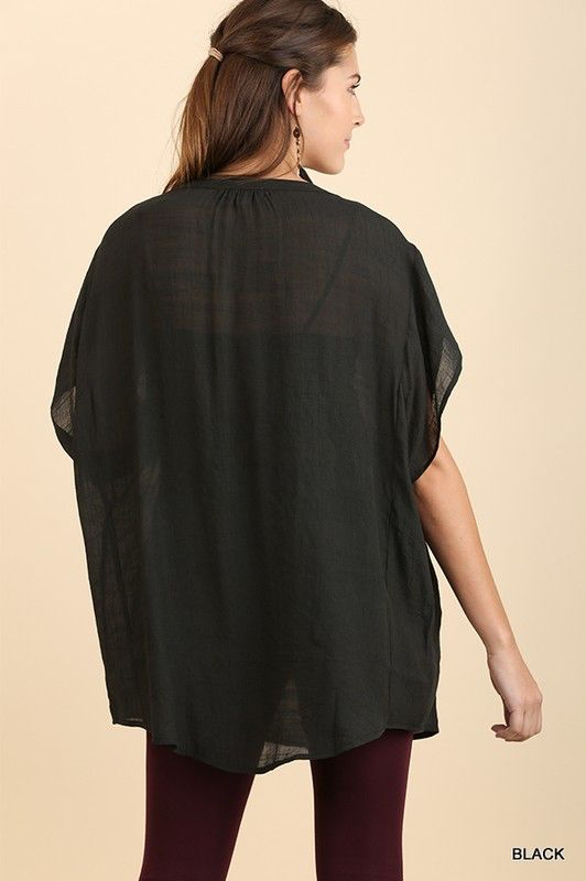 Umgee Overzied see-through short sleeve tunic with pockets