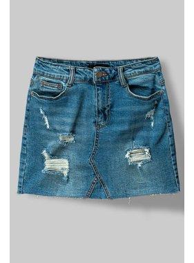 Trend:Notes Distressed Denim Skirt