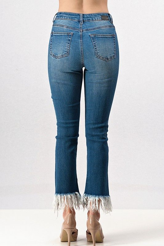 Trend:Notes Frayed Straight Leg Denim Jeans