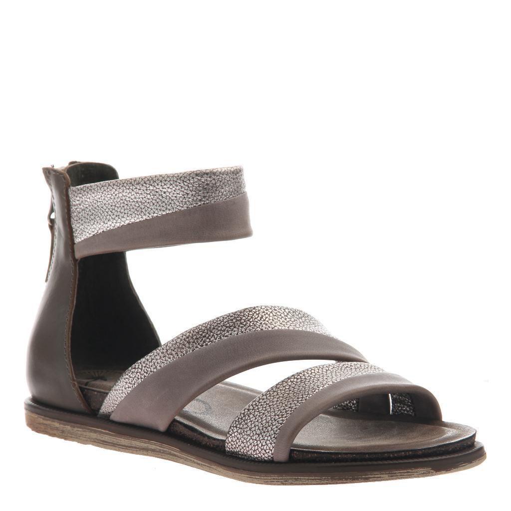 Consolidated Shoe Co. Souvenir Sandal by OTBT