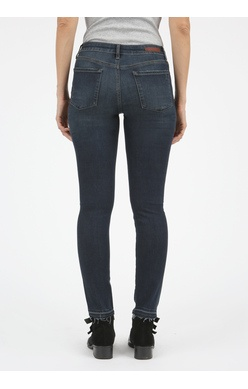 Articles of Society Carly release hemline jean