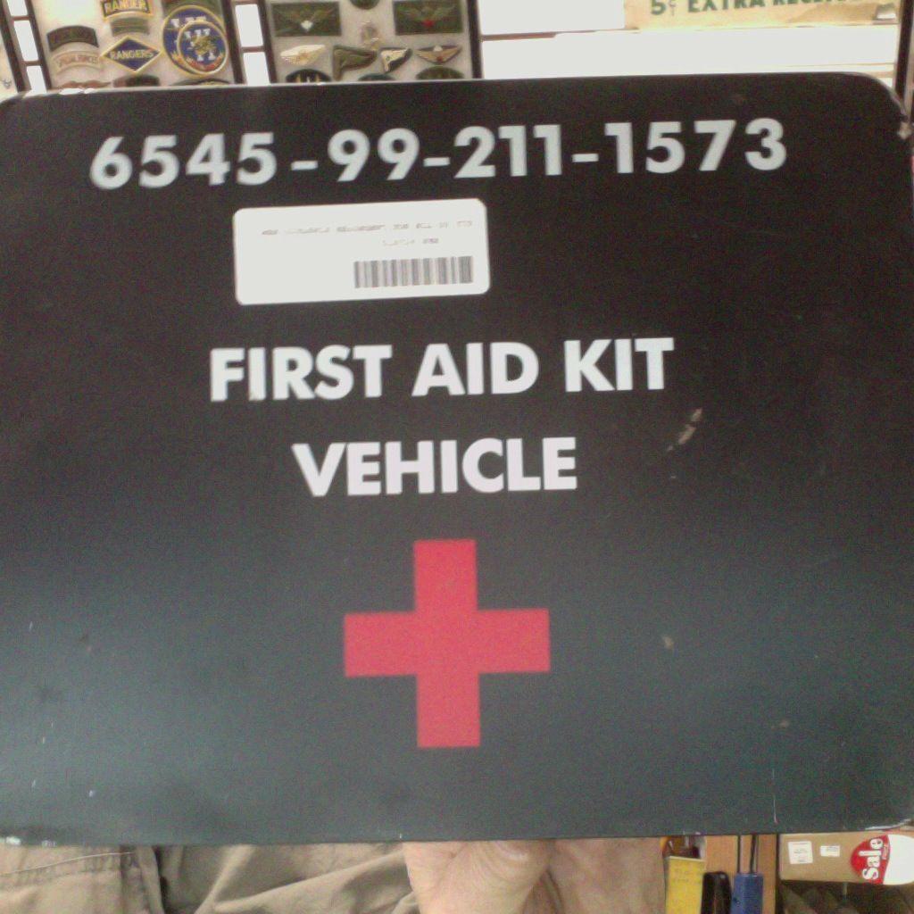 GENUINE SURPLUS Box - First Aid - Vehicle - Land Rover - British Army Issue - ''Cookie Tin''