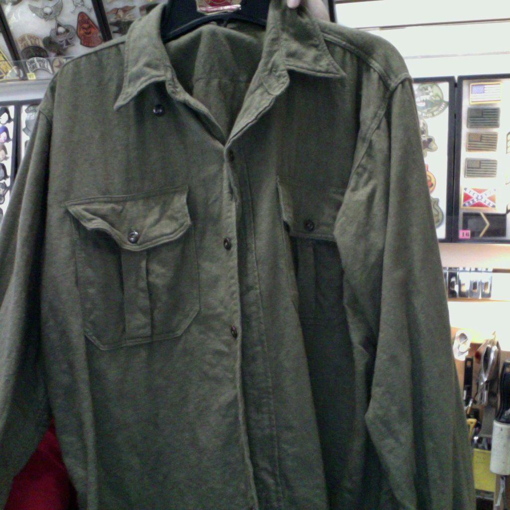 GENUINE SURPLUS Shirt - Wool - Canadian Issued