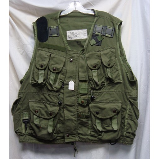 GENUINE SURPLUS Vest, Tactical Load Bearing, Canadian Forces Issue