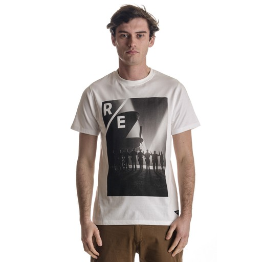 REALM & EMPIRE Realm & Empire, VE Day Tee, Optic White