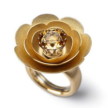 SPRING BLOSSOMS-yellow gold-15mm