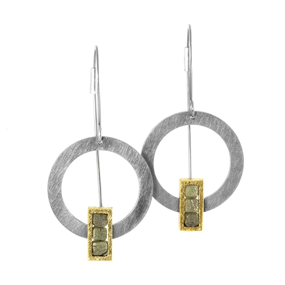 raw diamond alignment . earring