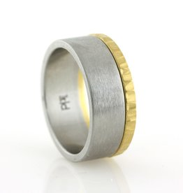 the 22k gold edge band . ring