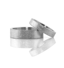 rustic finish wide band . ring (sz: 10)