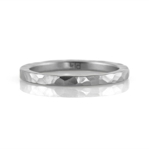 'faceted' narrow stainless . ring (sz: 6.5)