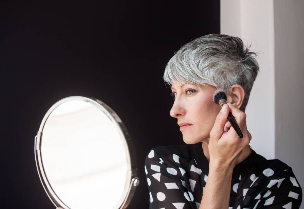 Colorista Living: Grey Hair Glamour