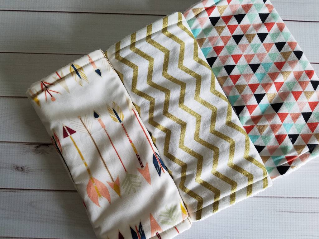 Hilltop Baby and More Cotton Burp Cloths - Coral/Gold Arrows Trio