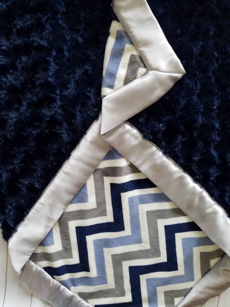 Hilltop Baby and More Satin Minky Blanket - Navy/Gray Chevron