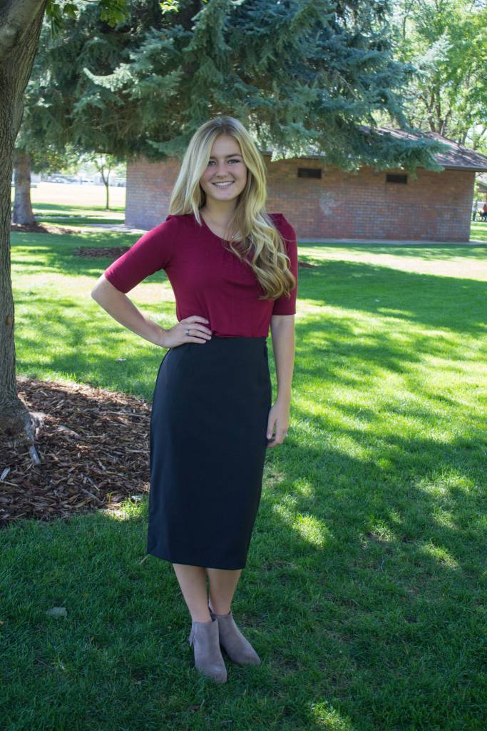Basic Pencil Skirt with Belt