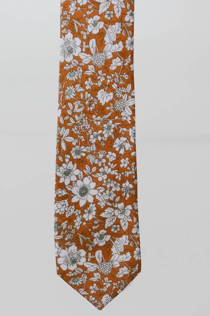 Robbins & Brooks Cotton Tie- Orange & White Design w/ White Flower