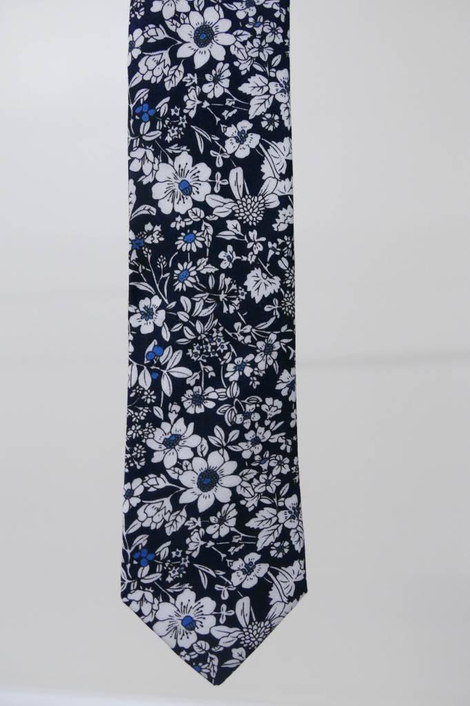 Robbins & Brooks Cotton Tie- Navy & White Design w/ White Flower