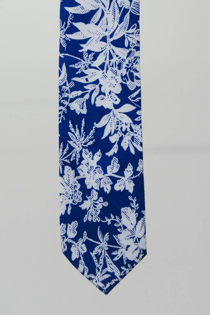 Robbins & Brooks Cotton Tie- Blue Design w/ White Leaf