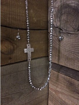 West & Co. WEST AND CO. SILVER & WHITE SPARKLE BEAD W/BURNISHED CROSS SET N1037SIL