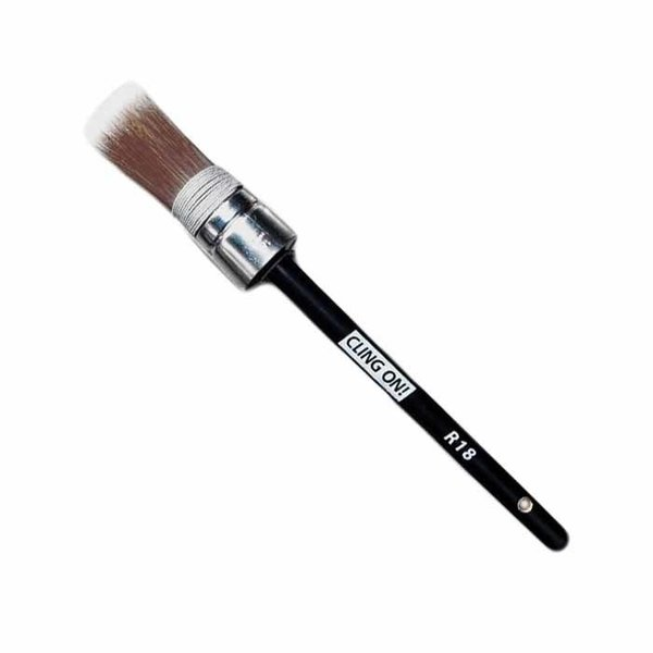 Cling On! Cling On! Round Brush R18