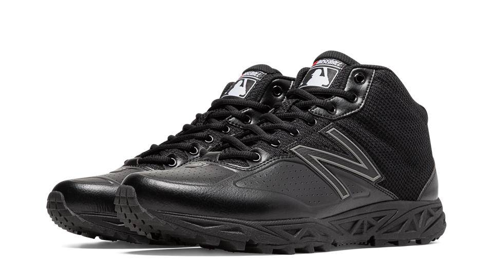 New Balance Umpire Field Low Shoe Baseball Town