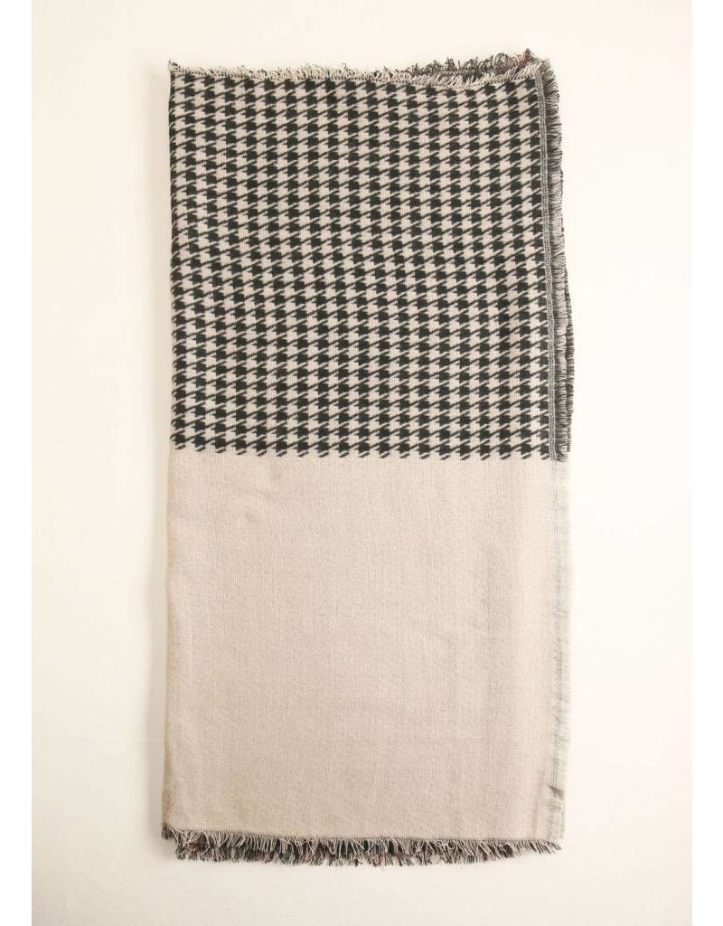 LOOK BY M HOUNDSTOOTH AND CHECKER SCARF