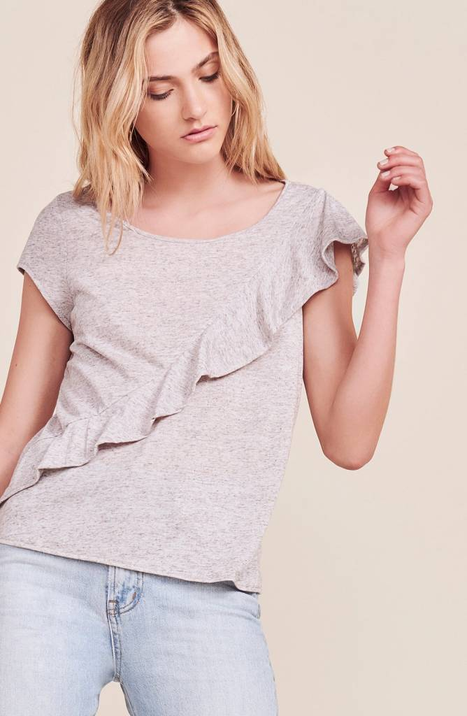 JACK BY BB DAKOTA FATIMA RUFFLE TEE