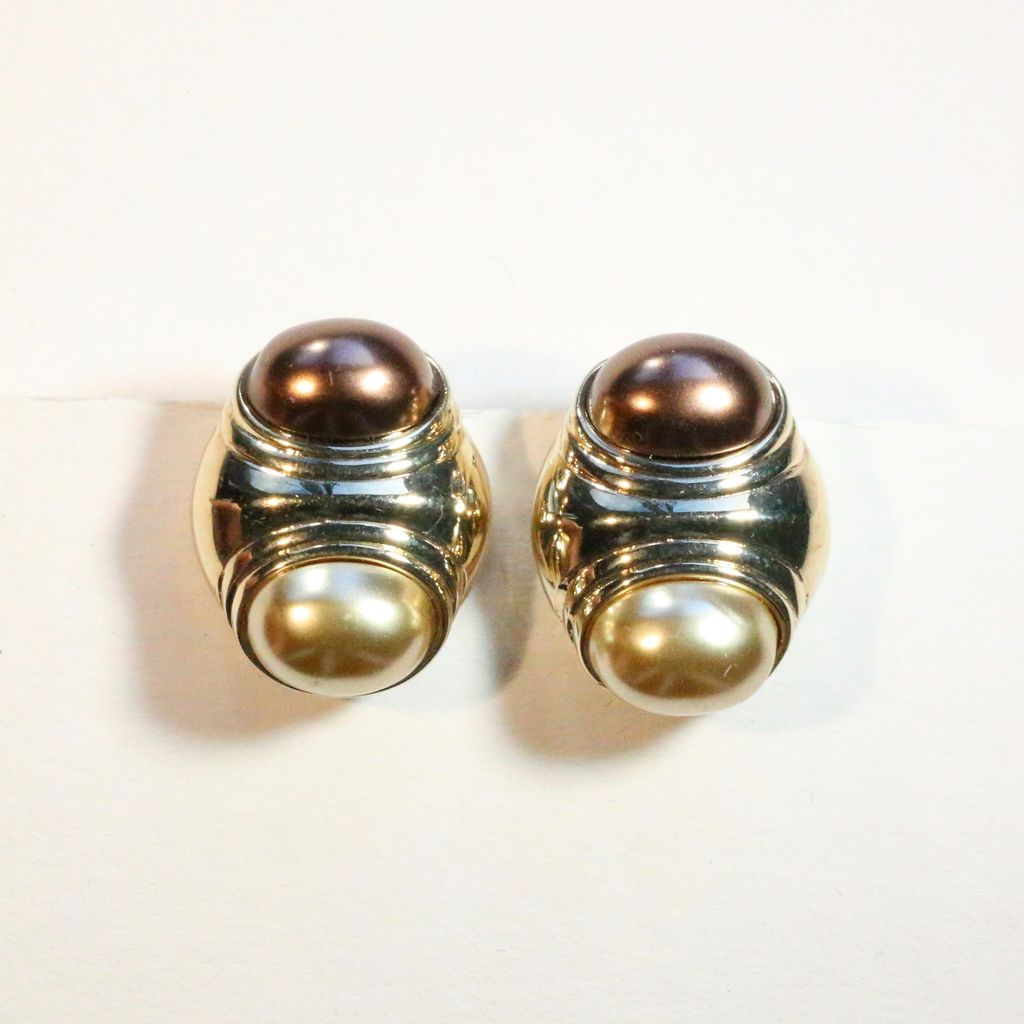 Jewelry VCExclusives: Pearl & Bronze Double Header
