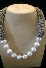 Jewelry VCExclusives: Silver Caterpillar w/Pearls