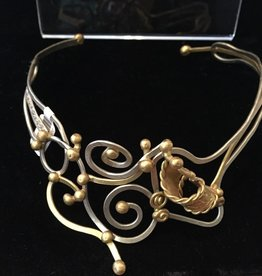 Jewelry VCExclusives: Twisted Gold & Metal