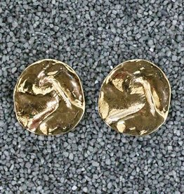 Jewelry VCExclusives: Hammered Gold Disks