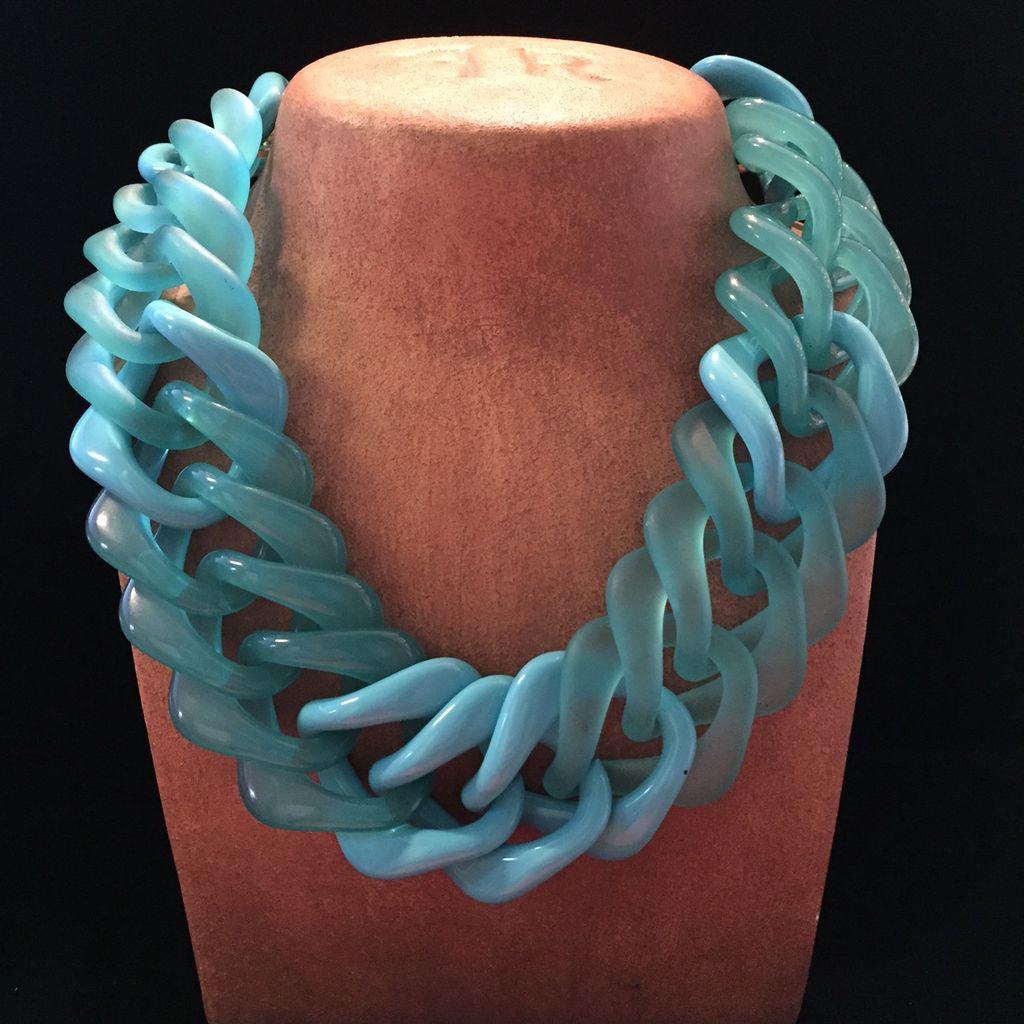 Jewelry VCExclusives: Aqua Links