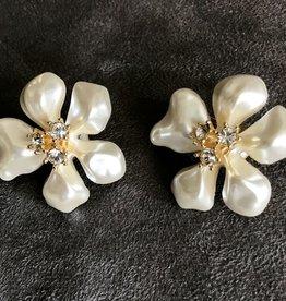 Jewelry KJLane: Pearl Petals